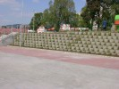 Tatabánya - Lidl áruház rézsűburkolás